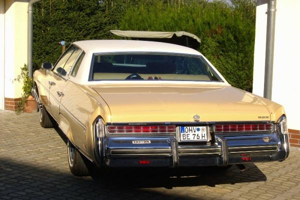 1976-richter-45C8FAA42-0E75-F4F4-F819-020A77777A58.jpg